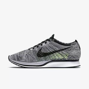 Nike Flyknit Racer Oreo 1.0 Runners - Women 6.5